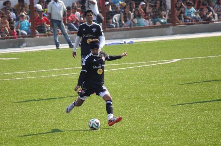 Ranbir Kapoor Kicking Pose At The Celebrity Football Match