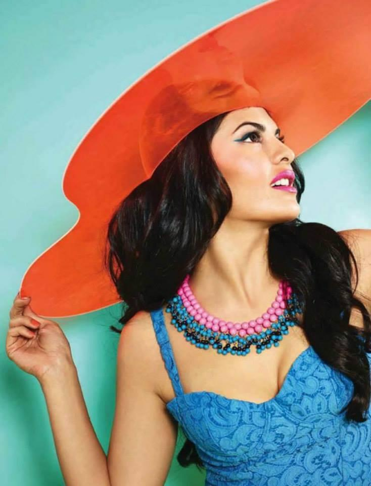 Beautiful Jacqueline Sizzling Pose For Verve India April 2014 Issue