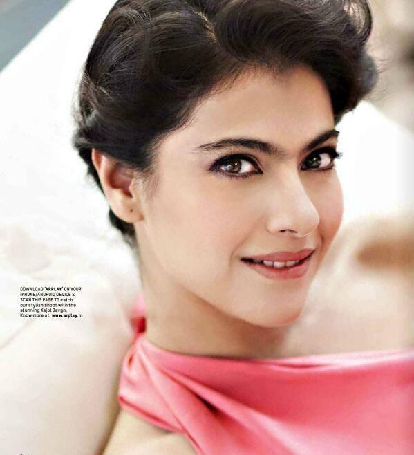 Kajol Devgan Attractive Smiling Look Shoot For L'Officiel Magazine April 2014 Issue