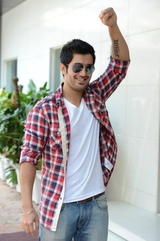 Aditya Seal Showing Off His Tattoo In Front Of Suburban Hotel