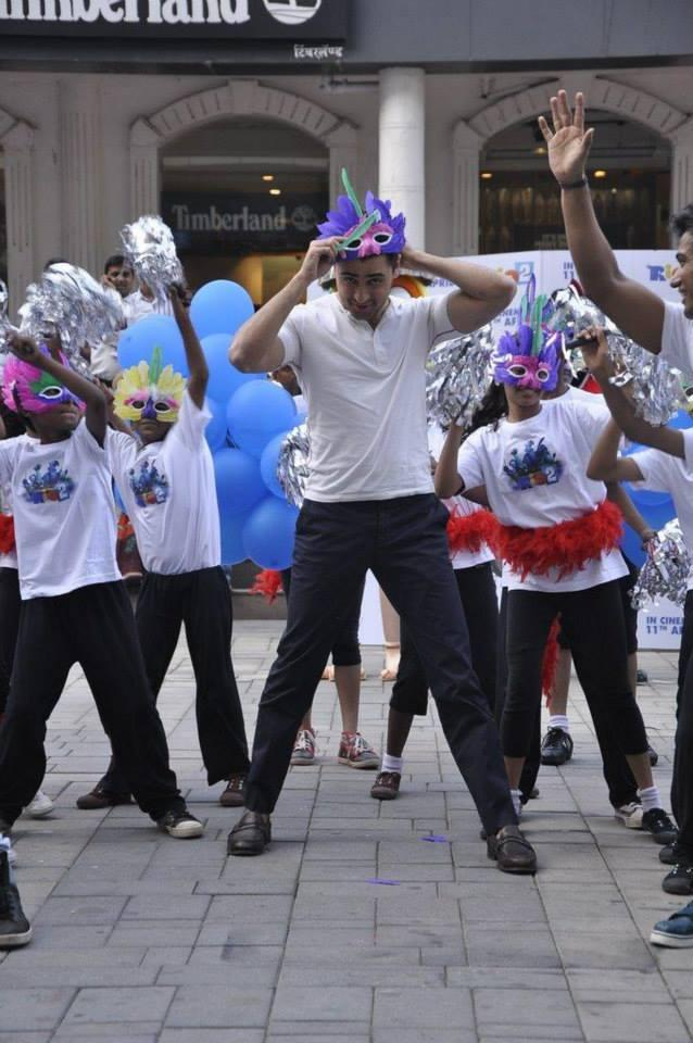 Imran Was Spotted Dancing And Interacting With The Dancers In The Flash Mob