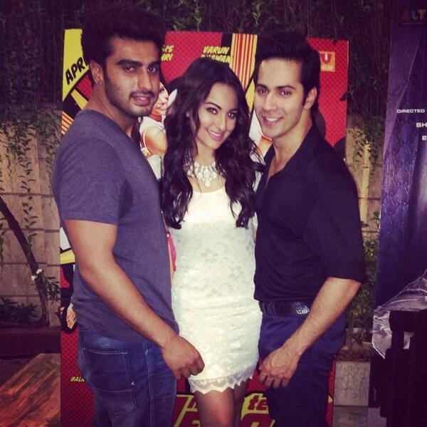 Arjun,Sonakshi And Varun Posed For Camera During The Success Party Of Main Tera Hero