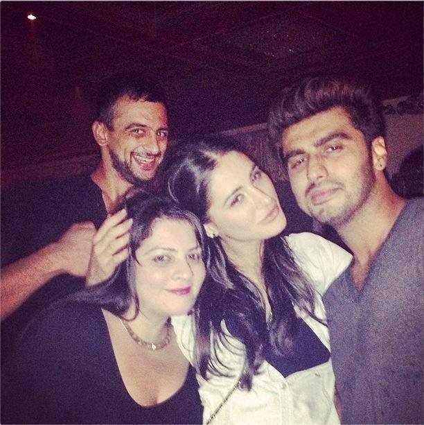 Arunoday,Nargis And Arjun Cool Posed At Main Tera Hero Success Party
