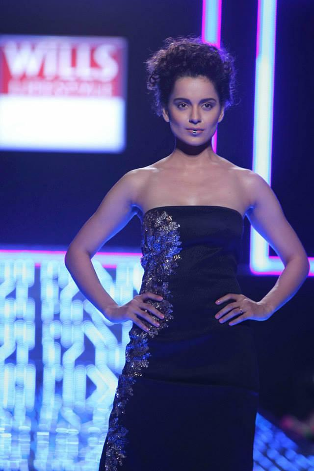 Kangana Ranaut Showstopper For Designer Namrata Joshipura At Wills Lifestyle India Fashion Week On Day 5