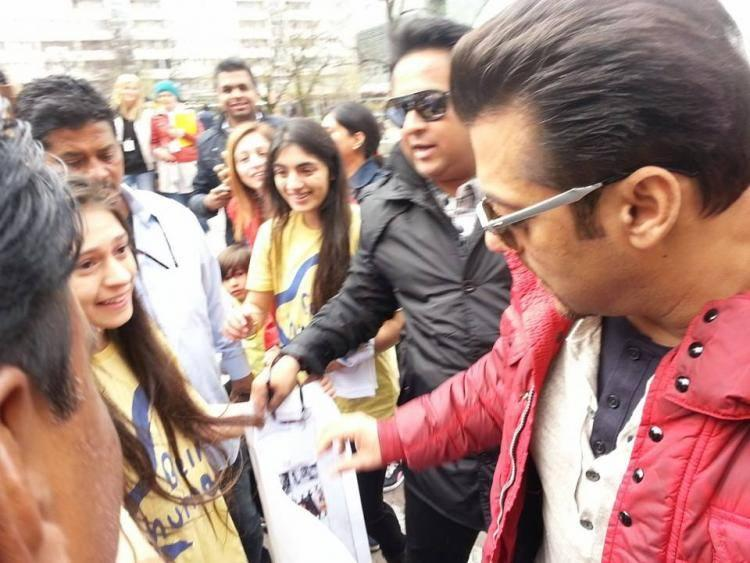 Salman Khan Spotted With Fans At InterContinental Warsaw