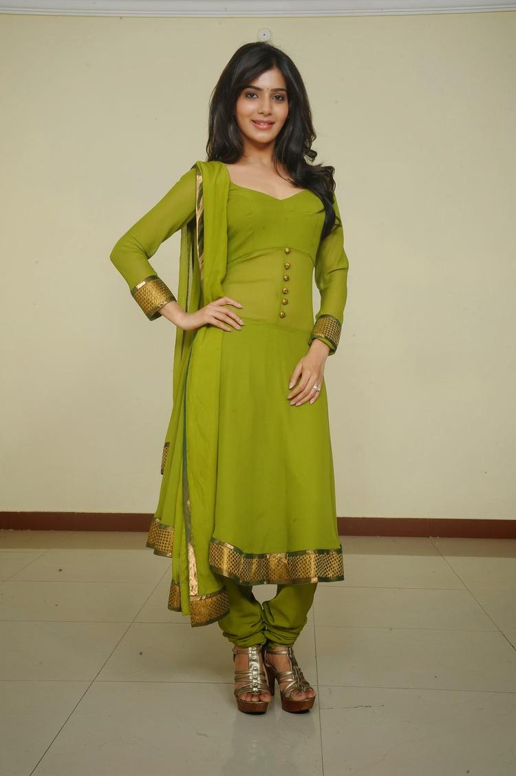 Samantha Ruth Prabhu In Green Churidar Nice Look Photo Still