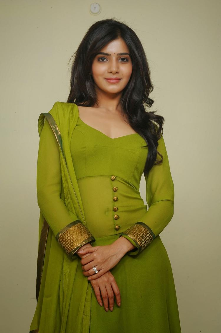 Samantha Ruth Prabhu Trendy Look In Green Churidar Photo Still