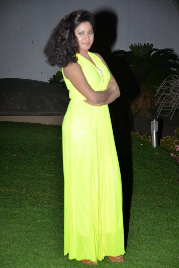 Actress Vishnu Priya Posed At Nenu Naa Friends Audio Launch Event
