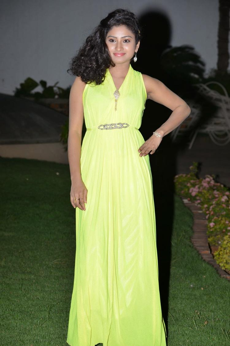 Vishnu Priya Exclusive Hot Look During The Nenu Naa Friends Audio Launch Event