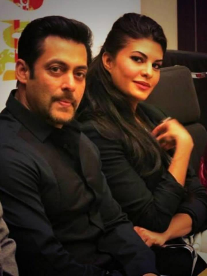 Gorgeous Jacqueline And Dashing Salman Khan At The Press Conference In Warsaw, Poland
