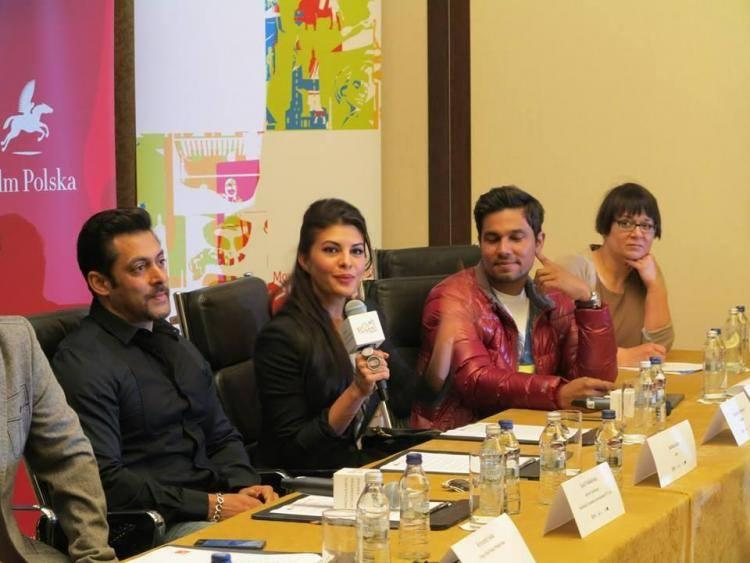 Kick Team Press Conference Now In Warsaw Salman,Jacqueline And Randeep Stills