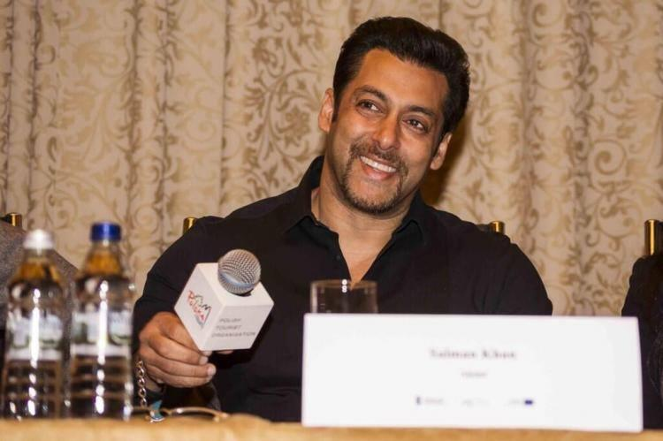 Salman Khan Fun With Poland Media During Kick Press Conference
