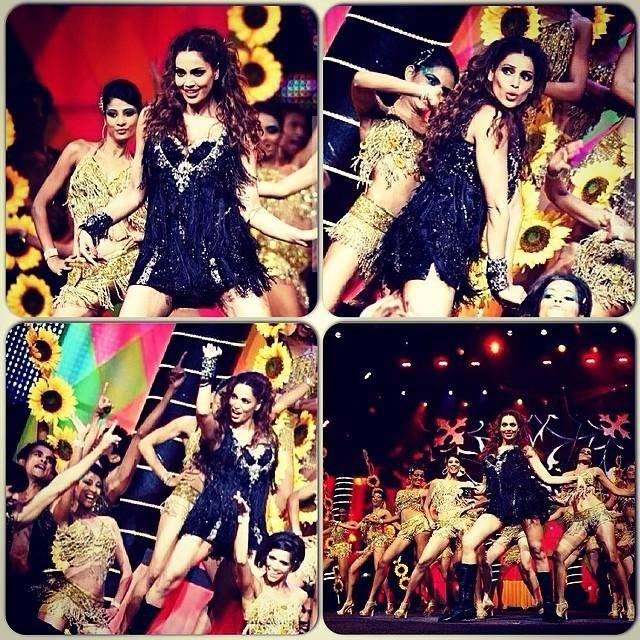Bipasha Basu Rocking Performance On The Stage During The IIFA Magic Of The Movies Awards Function