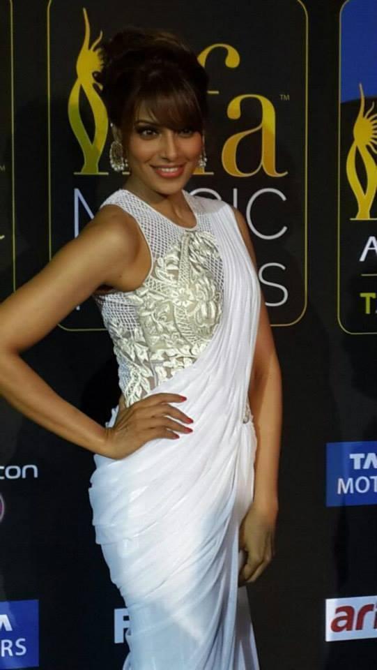 Bipasha Basu Strikes A Pose At IIFA Magic Of The Movies Awards Function