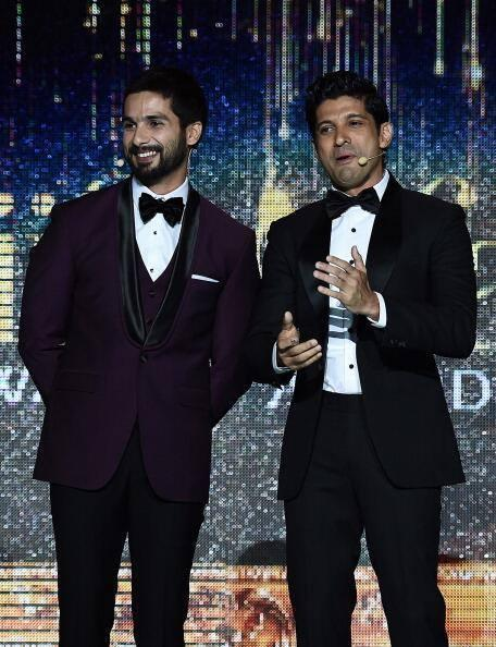 Shahid Kapoor And Farhan Akhtar Dashing Look During The 15th IIFA Awards 2014