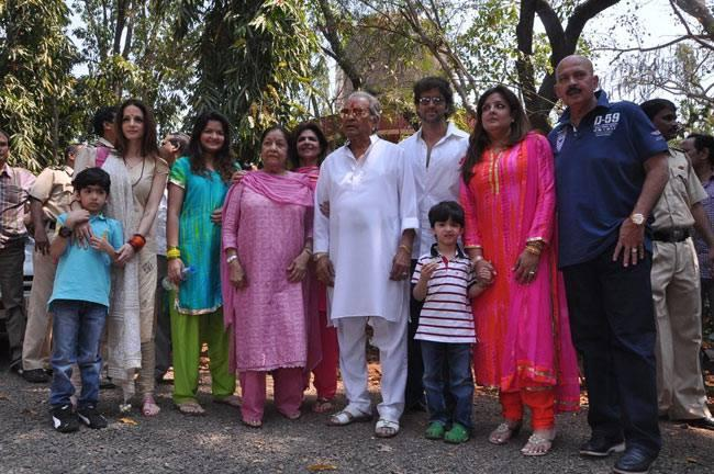 Hrithik And Sussanne Celebrated Mahashivratri With Their Family