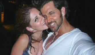They Also Went On A Vacation To Bora Bora Sussanne Can Be Seen Kissing Hrithik In The Photograph