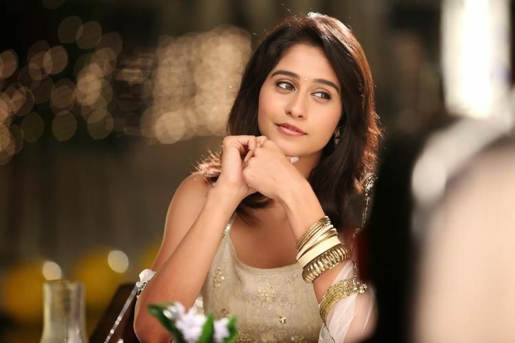 Regina Cassandra Stunning Attractive Face Look Photo From A Movie Still