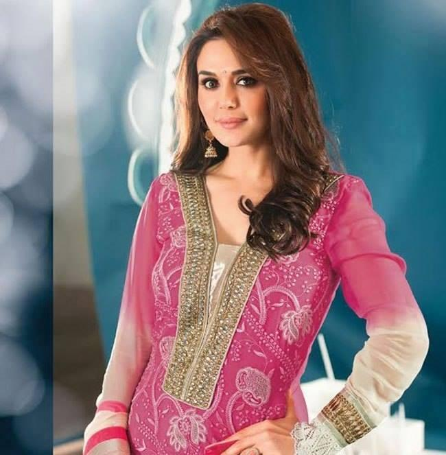 Preity Zinta Looks Dazzles In Pink And Majenta Color New Salwar Kameez Collection