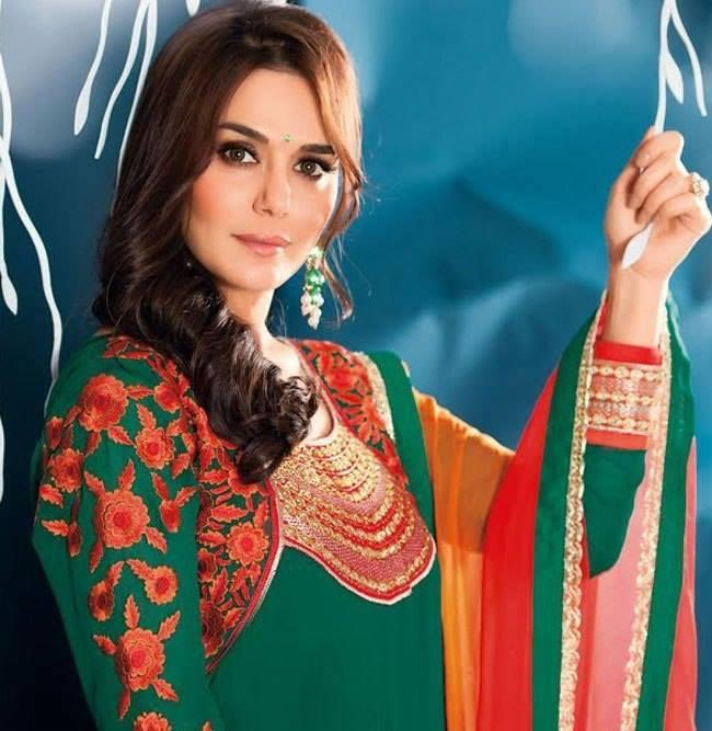 Preity Zinta Looks Radiant In Green Color Family Bollywood Salwar Kameez