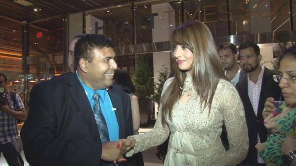Bipasha Basu Meet Her Fans At An Event In New York City