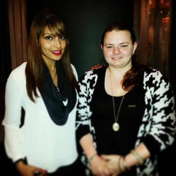 Gorgeous Bipasha Basu Posed With A Fan At London