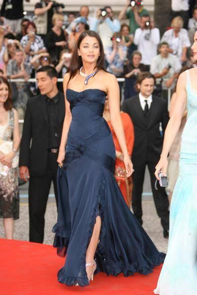 Aishwarya Posed With Blue Elie Saab Gown Hot Look In Red Carpet At 59th Cannes Festival In 2006