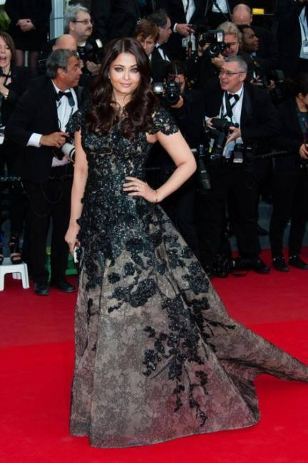 Aishwarya Posed In Red Carpet With Elie Saab Gown Smashing Look At 66th Cannes Festival In 2013
