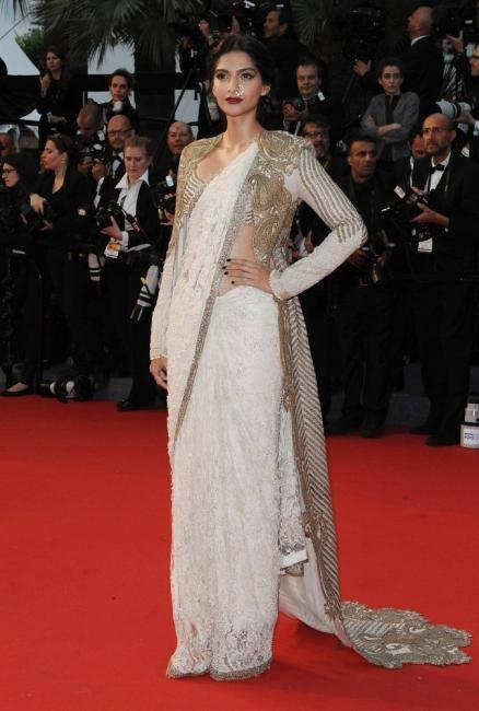 Sonam Kapoor Traditional Look In Anamika Khanna Saree Posed In Red Carpet At Cannes 2013 Film Festival