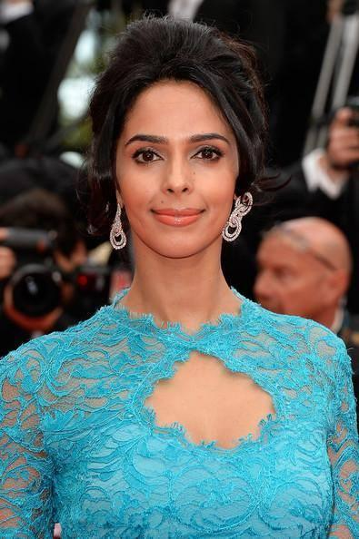 Mallika Sherawat's First Appearance On The Opening Day Of Cannes Film Festival