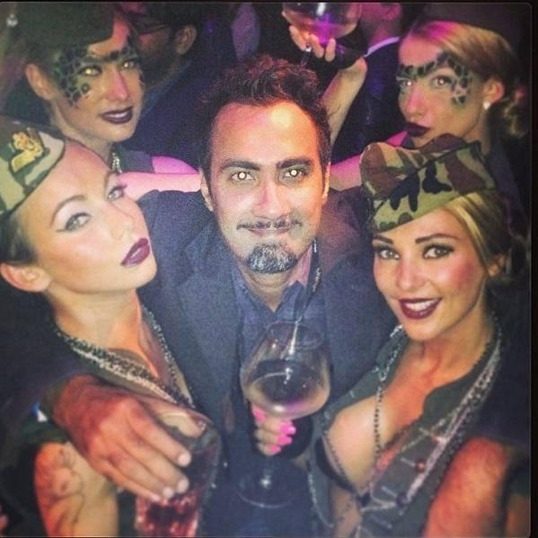 Ranvir Shorey Cool Pose With Girls At Cannes 2014