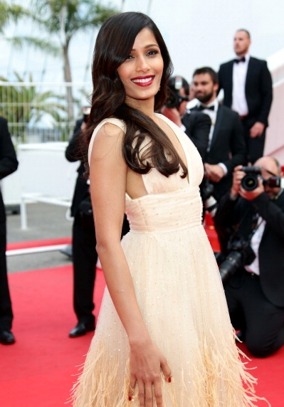 Freida Pinto Stunning Look At The Saint Laurent Premiere During 67th Cannes 2014