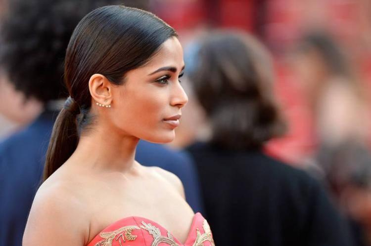 Stunning Freida At The Homesman Premiere During 67th Cannes Film Festival 2014