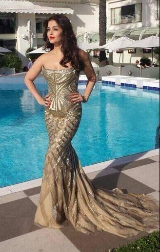 Aishwarya Rai Bachchan Hot Sexy Stunning Look At The Cannes 2014 Film Festival