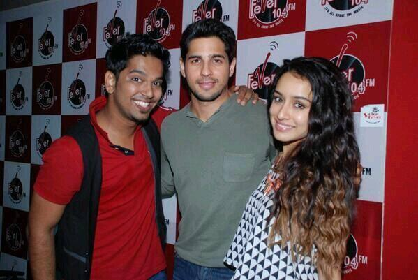 Sidharth And Shraddha Clicked At Radio City, Radio Mirchi and Fever 104 FM.