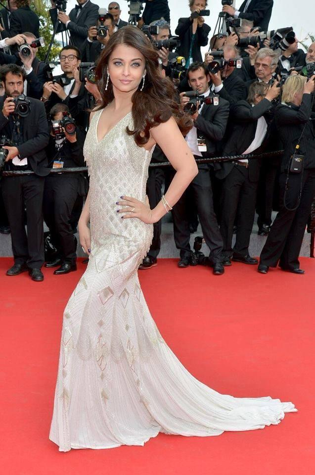 Aishwarya At Cannes Film Festival 2014 Red Carpet For