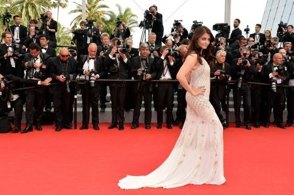 Aishwarya Chose To Wear Roberto Cavalli Again For Her Second 2014 Red Carpet Outing