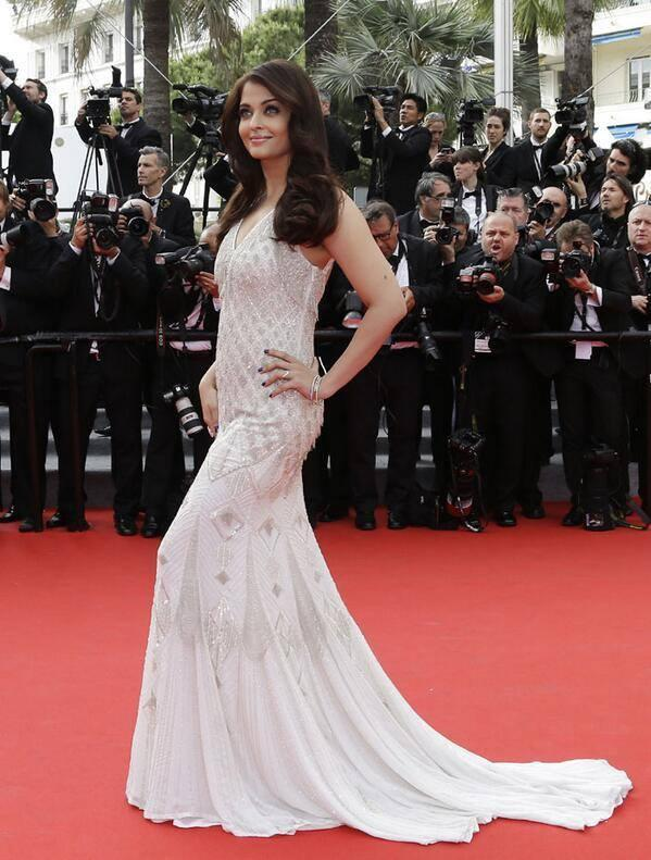 Aishwarya Dazzles The 67th Annual Cannes Film Festival