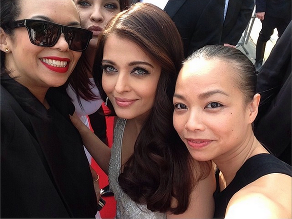 Aishwarya Rai Pose During At Cannes 2014 67th Film Festival