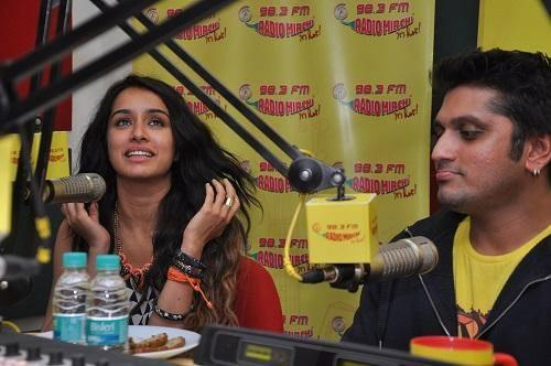 Shraddha And Mohit At The Radio Mirchi To Promote Their Upcoming Movie Ek Villain