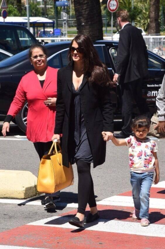 Stunning Aishwarya Bids Goodbye To Cannes