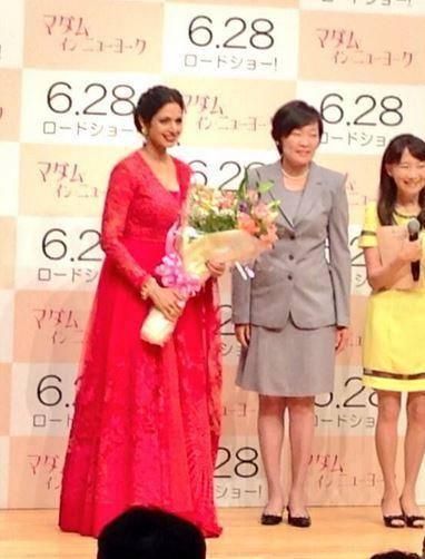 Sridevi And Akie Nice Pose For Camera At English Vinglish Premiere In Tokyo