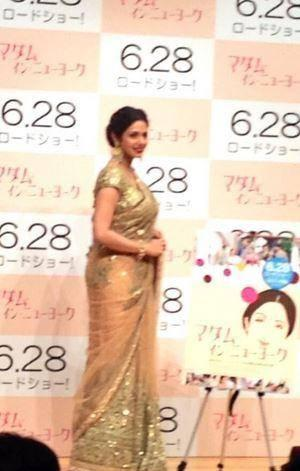 Sridevi Kapoor Looks Stunning In This Gorgeous Golden Saree