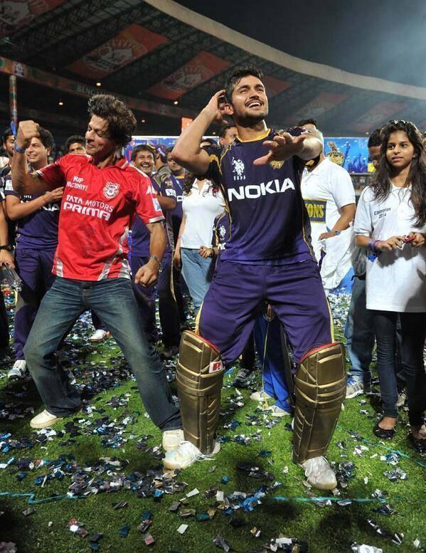 Shahrukh And Manish Pandey Enjoying Moment Still After Winning The Trophy