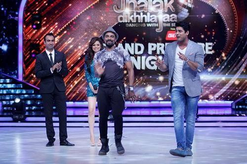 Remo D'Souza Stage Share With Siddharth Shukla On Jhalak Dikhhla Jaa 7 Grand Premiere