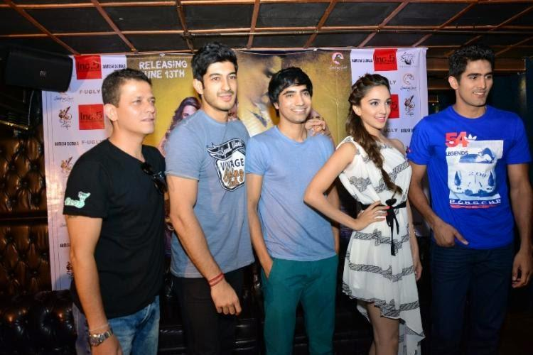 Kabir,Mohit,Arfi,Kiara And Vijender Posed For Camera During The Promotion Of Fugly Movie In Bangalore