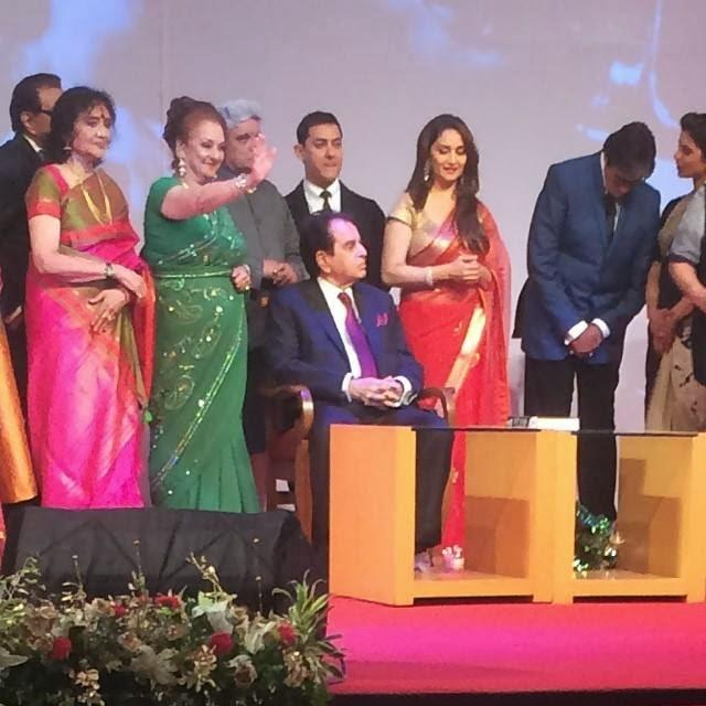 Bollywood Celebs With Dilip Kumar During The Launch Of His Autobiography