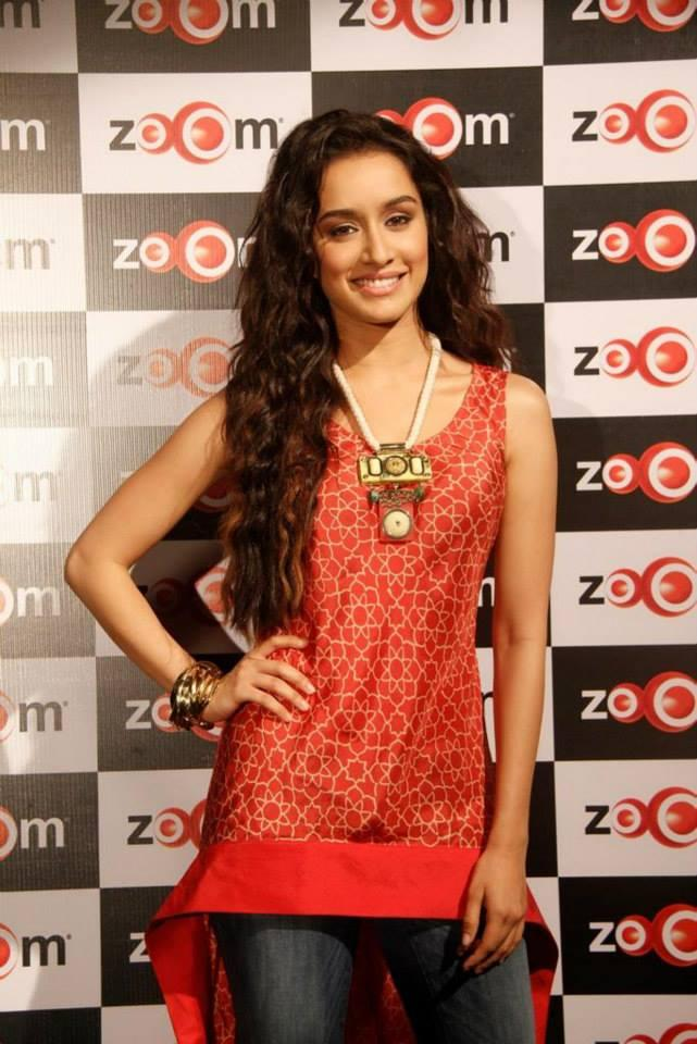 Sizzling Shraddha Looks Charming In This Outfit At Zoom Studio