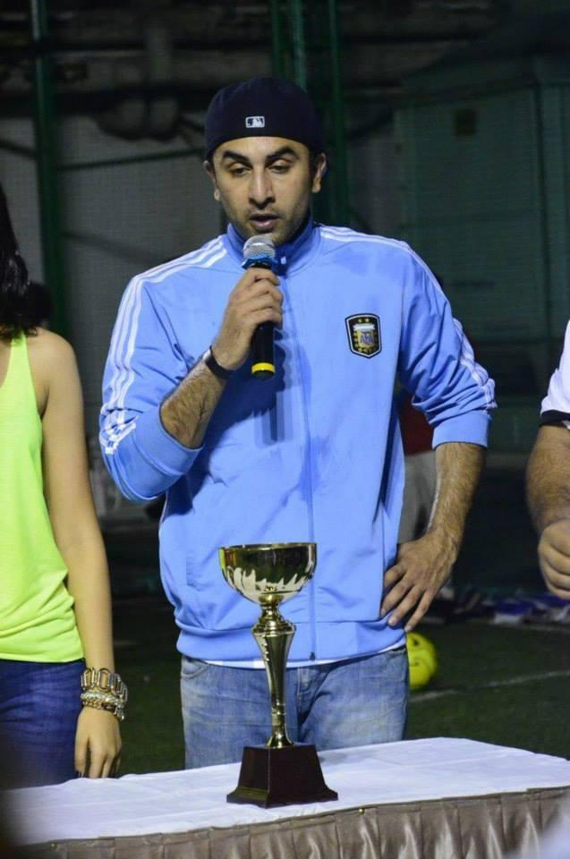 Ranbir Kapoor Addresses The Audience During The Promotion Of Lekar Hum Deewana Dil Movie