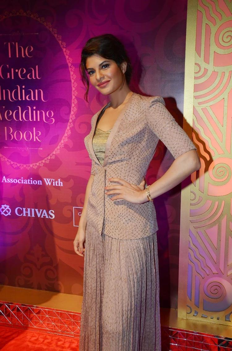 Jacqueline Fernandez Stunning Look In Grey Dress During The Launch Of The Great Indian Wedding Book